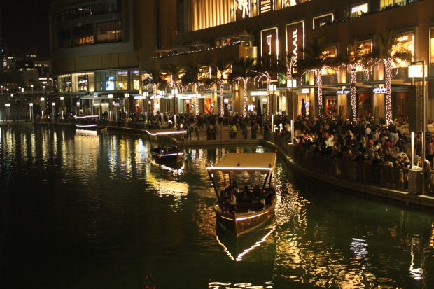 The outdoor area of the Dubai Mall at night