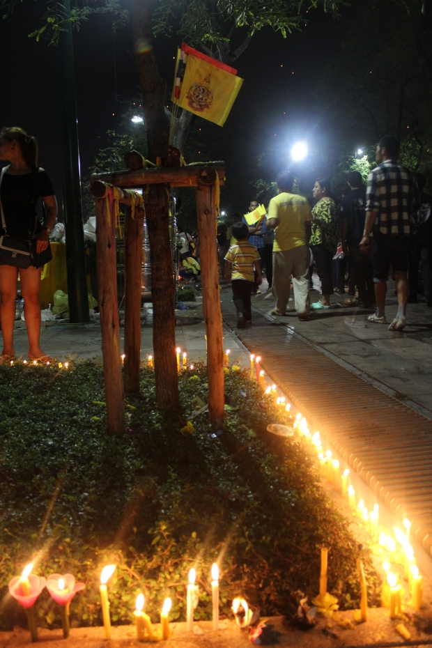 Candles for King Bhumibol